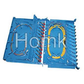 Optical fiber splicer tray for pigtail